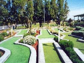 West Beach Mini Golf - Attractions Sydney
