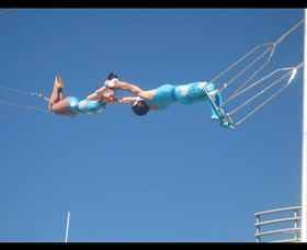 Trix Circus Flying Trapeze - Attractions Sydney