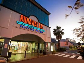 Runaway Bay Shopping Village - Attractions Sydney