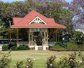 Gympie Memorial Park - Attractions Sydney