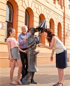 Birthplace of PL Travers - Attractions Sydney
