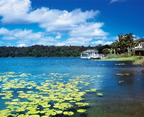 Lake Barrine Crater Lakes National Park - Attractions Sydney
