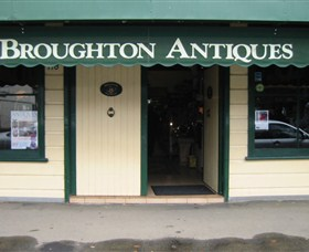 Broughton Antiques - Attractions Sydney