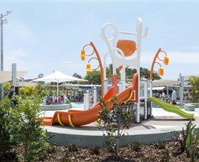 Gladstone Aquatic Centre - Attractions Sydney