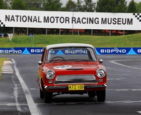 National Motor Racing Museum - Attractions Sydney