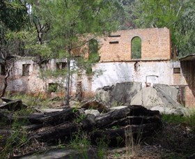 Newnes Shale Oil Ruins - Attractions Sydney
