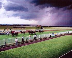 Hawkesbury Race Club - Attractions Sydney