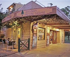 Avoca Beach Picture Theatre - Attractions Sydney