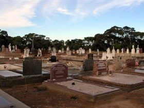 Langhorne Creek Cemetery - Attractions Sydney