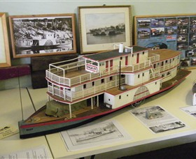 Wentworth Model Paddlesteamer Display - Attractions Sydney