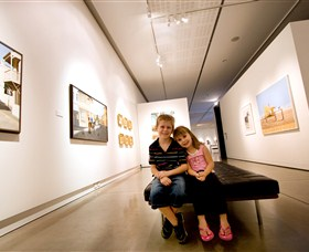 Western Plains Cultural Centre - Attractions Sydney