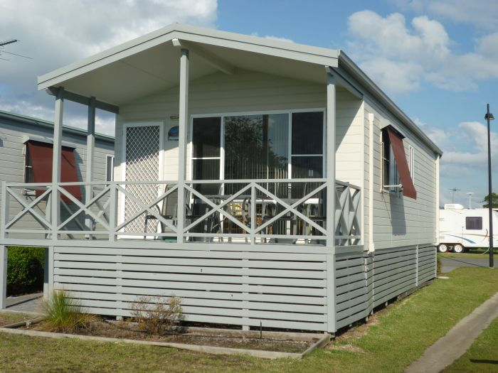 Belmont Pines Lakeside Holiday Park - Attractions Sydney