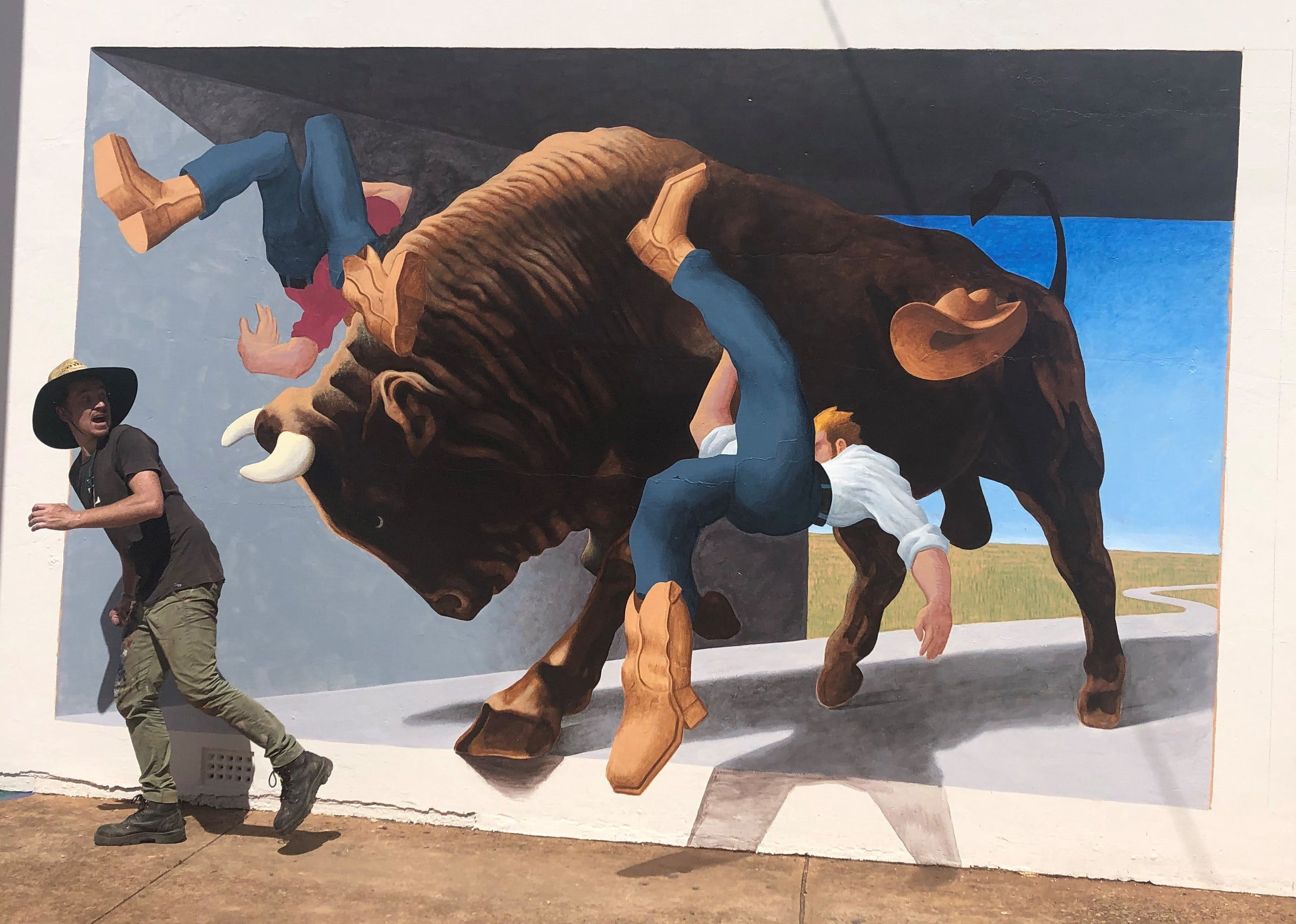 Big Bull Mural - Attractions Sydney