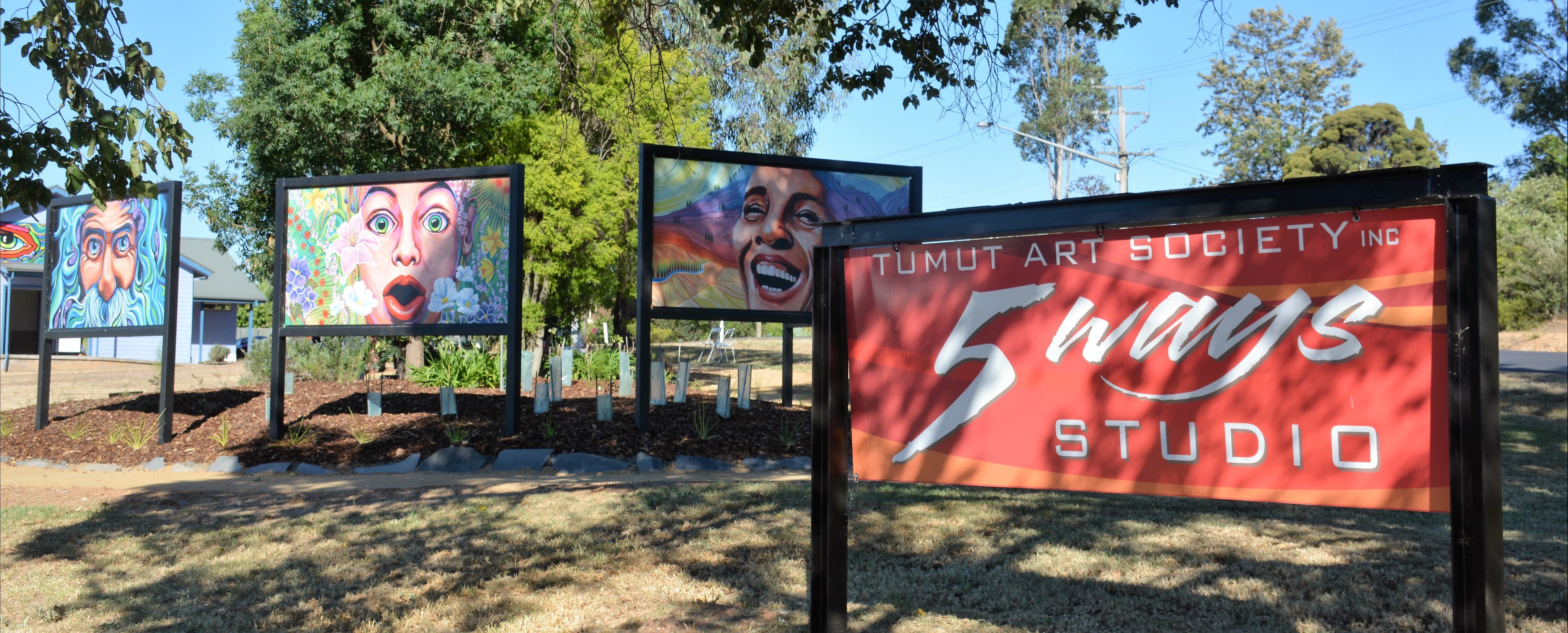 Tumut Art Society 5Ways Gallery - Attractions Sydney