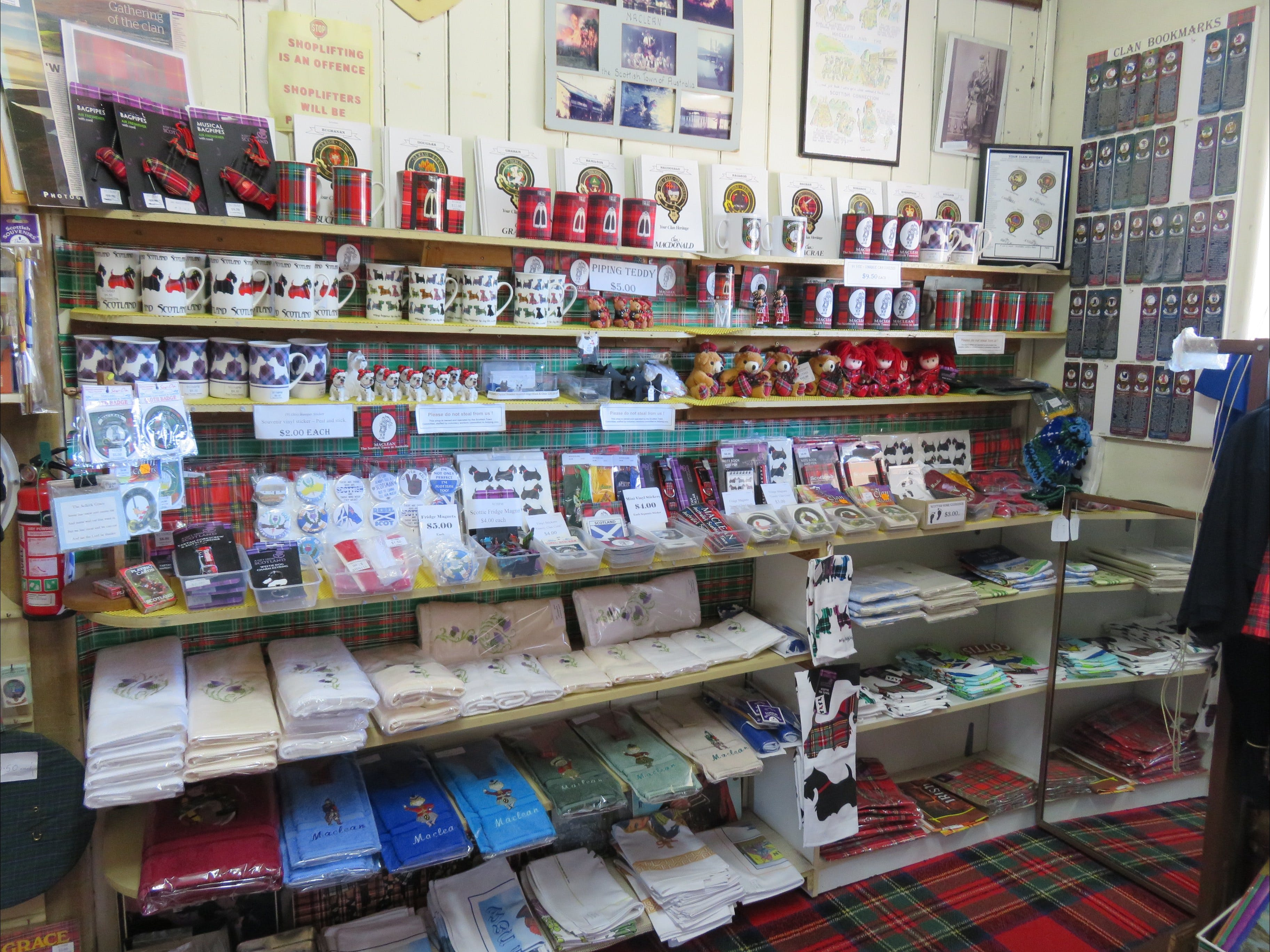 Maclean Scottish Shop - Attractions Sydney