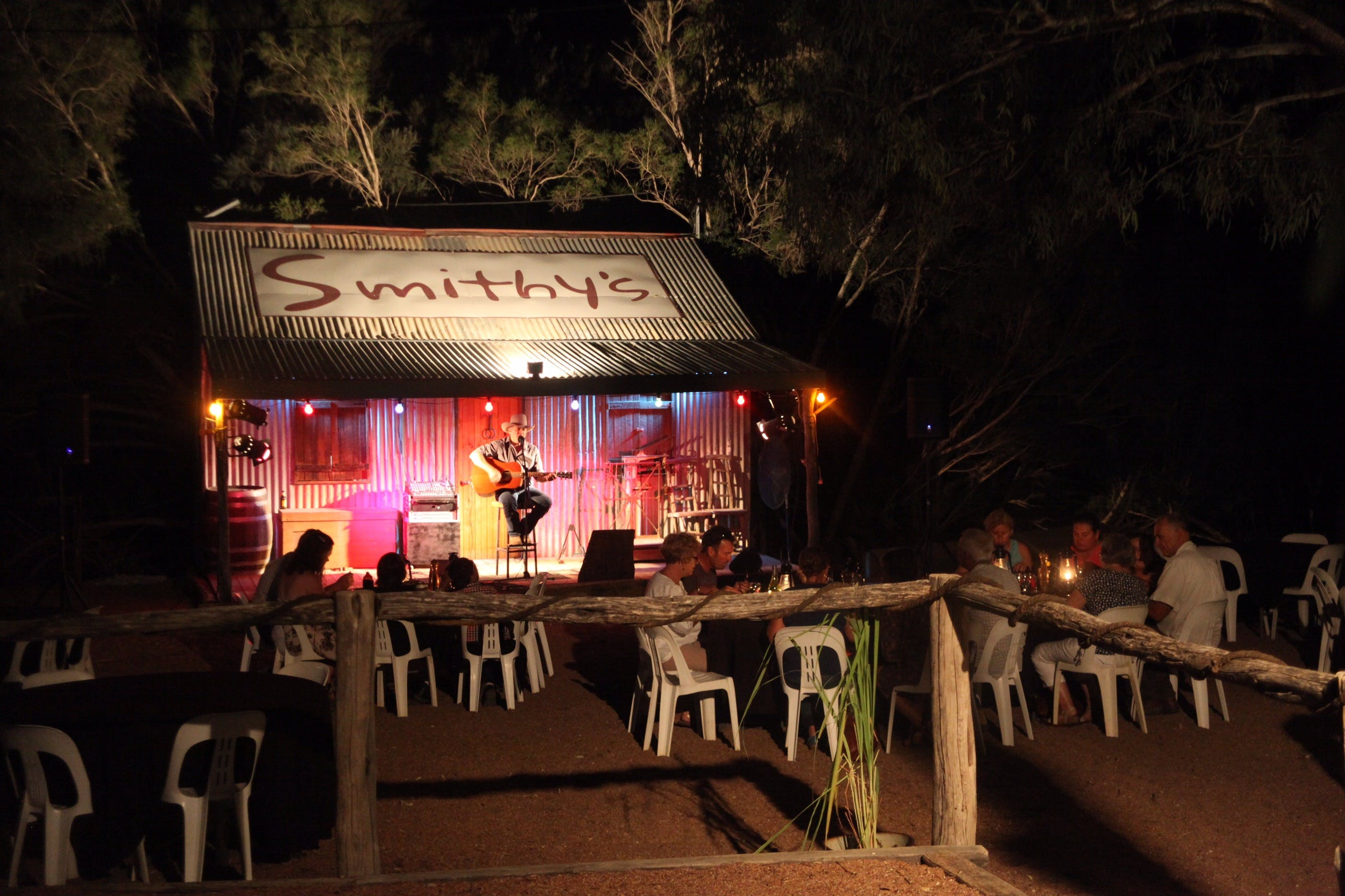 Smithy's Outback Dinner and Show - Attractions Sydney