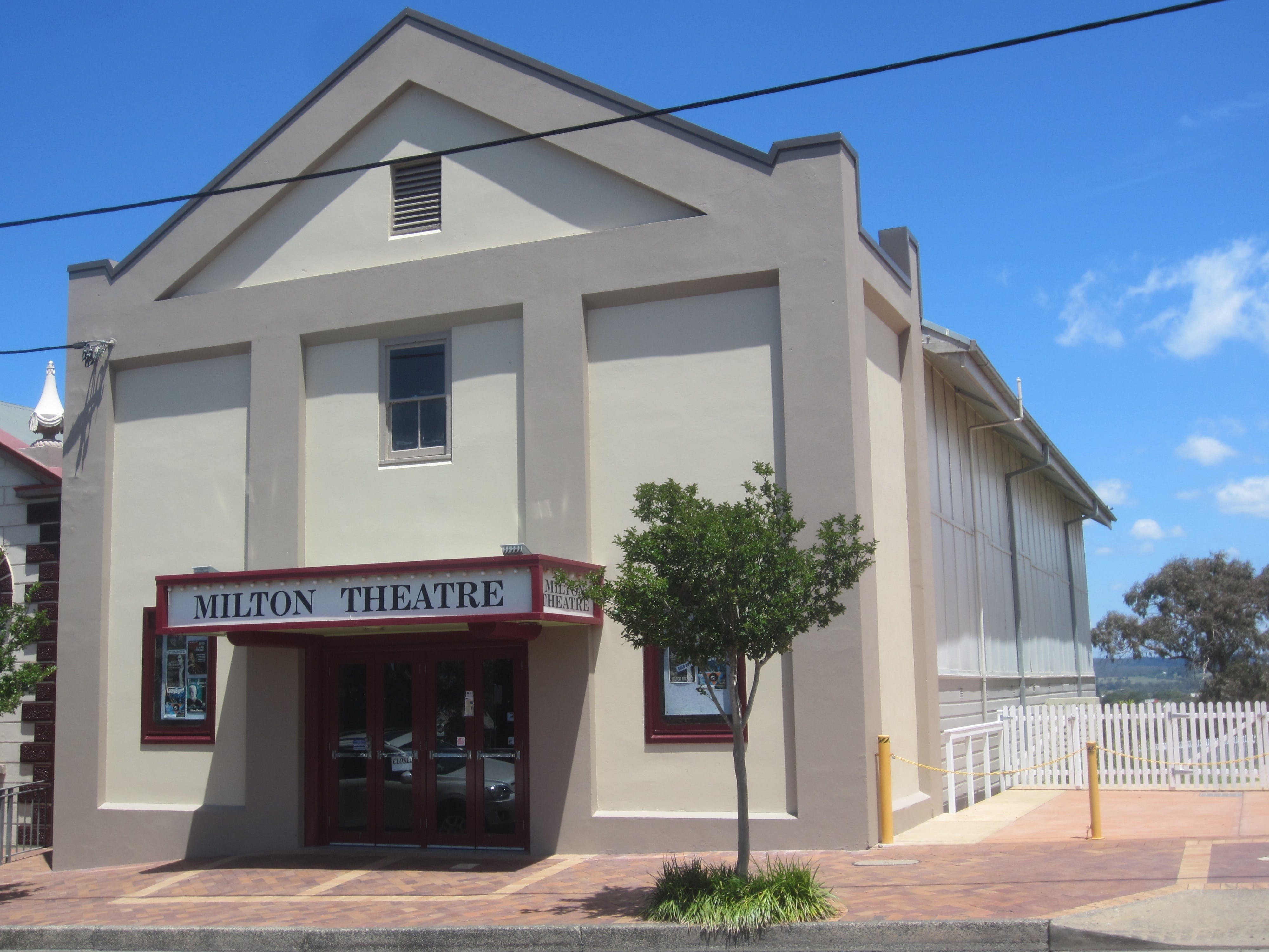 Milton Theatre - Attractions Sydney