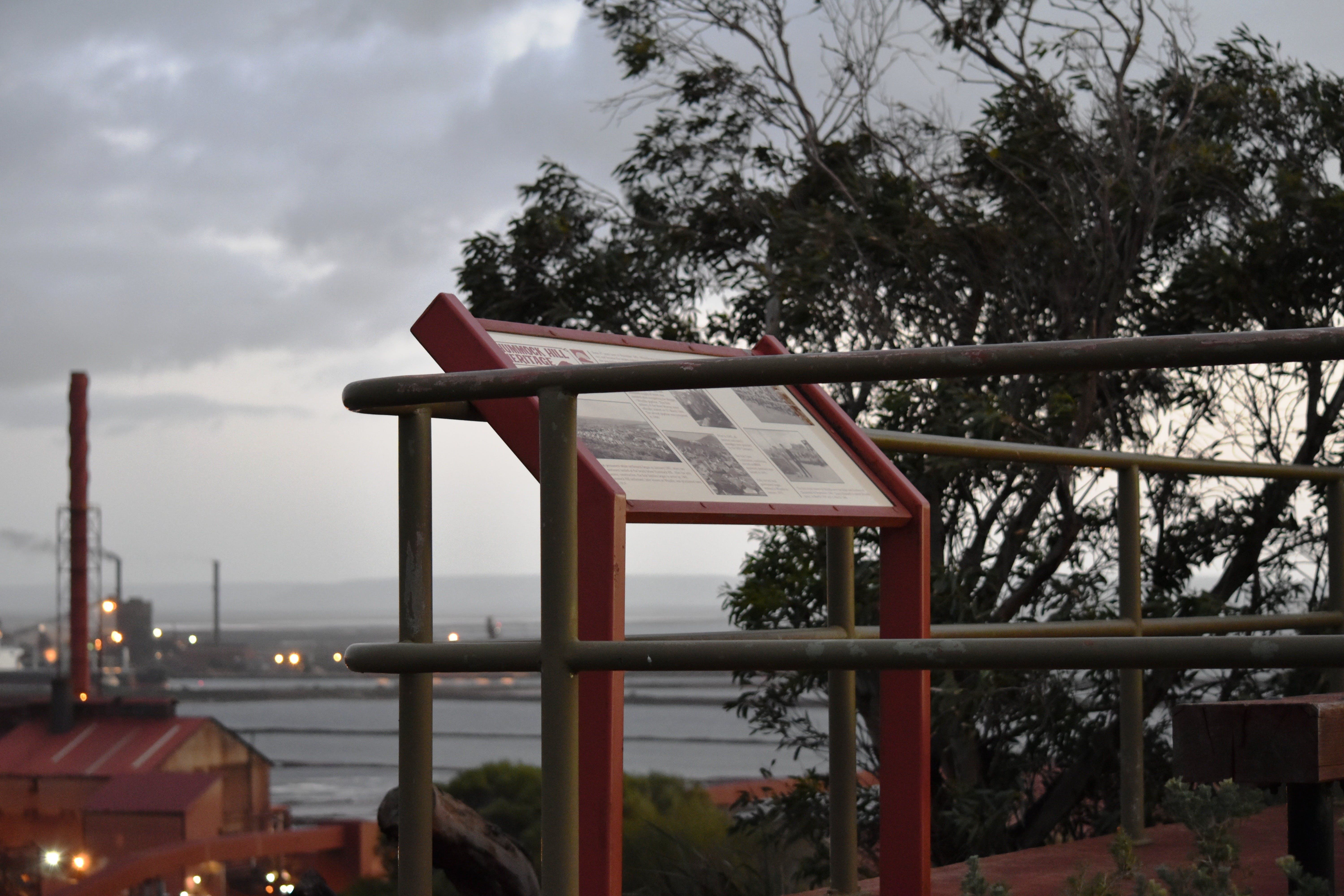 Hummock Hill Lookout - Attractions Sydney