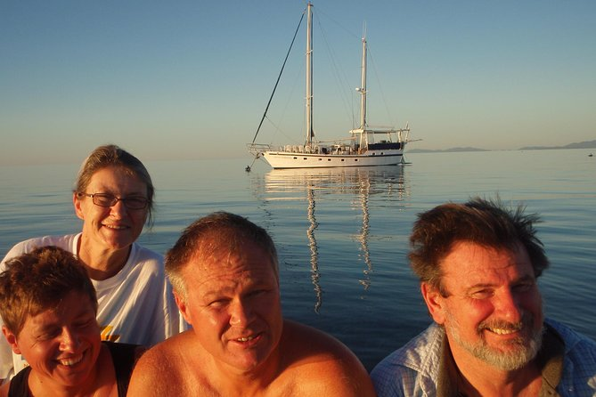 Great Barrier Reef Luxury Expedition Cruise cabin booking 7 days 6 night - Attractions Sydney