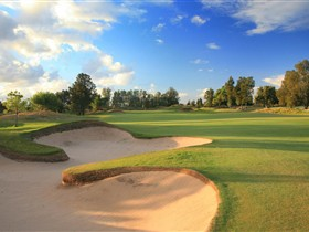 Glenelg Golf Club - Attractions Sydney